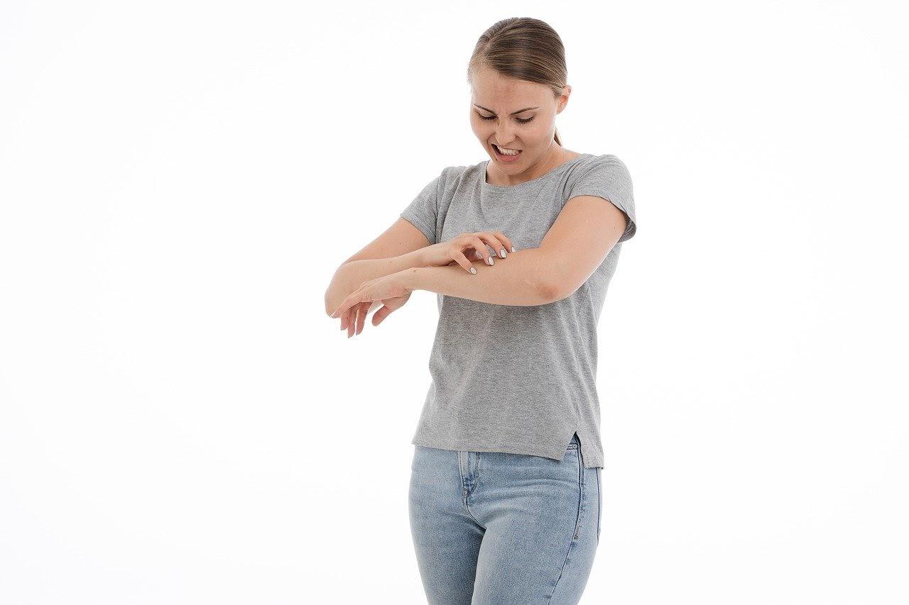 Utilisez un gel hypoallergénique pour les peaux sensibles